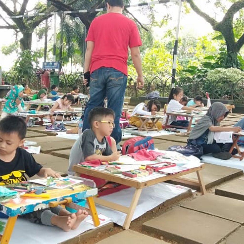 Memperingati Hari Pahlawan Ke 73 Ratusan Anak TK Mengikuti