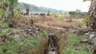 Permalink ke Babinsa Bersama Warga Perbaiki Saluran Irigasi Di Desa Sumberkarya