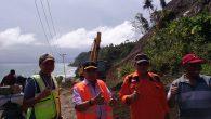 Permalink ke Gubernur Sulawesi Tengah Drs. H. Longky Djanggola, Mengunjungi Korban Gempa