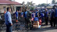 Permalink ke Anggota Koramil Kasarangan Bersama Masyarakat Gotong Royong Pembersihan Sisa Kebakaran