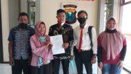 Permalink ke Sifa Dian AyustinWarga Desa Kedungdowo Dilaporkan Ke Polres Situbondo Tentang ITE